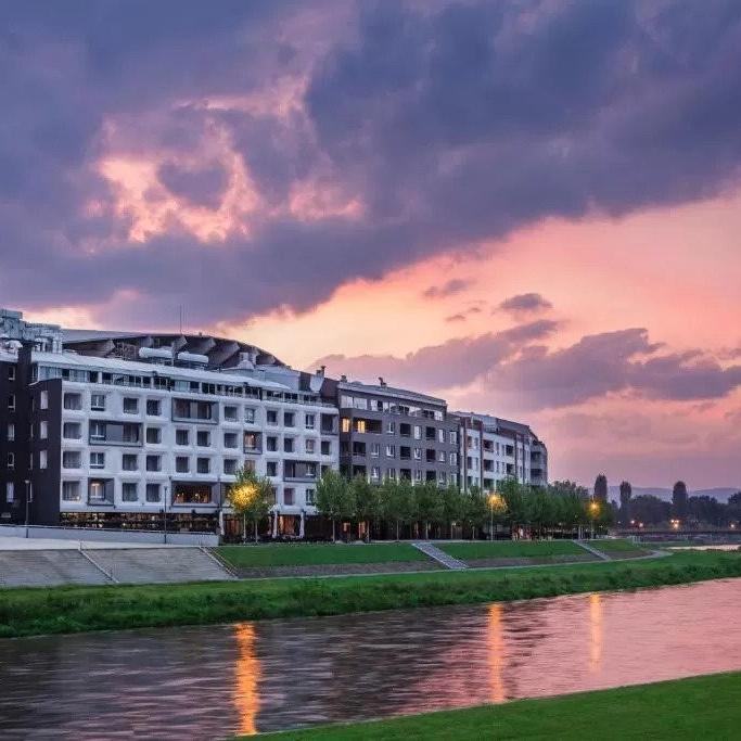 Park Hotel & SPA 5* - Skopje
