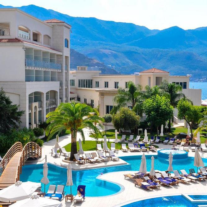 Splendid Conference and Spa Resort 5* - Budva